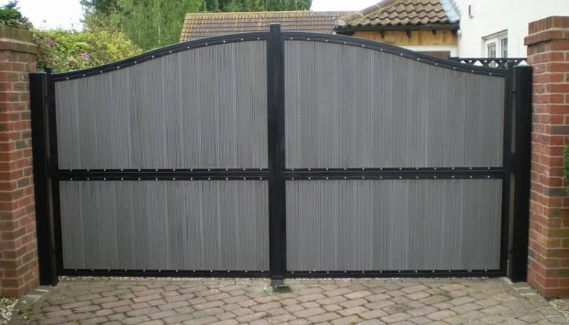 Дачные распашные ворота