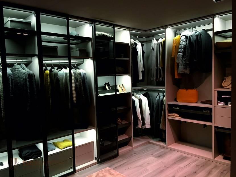 Удобная кладовка для одежды