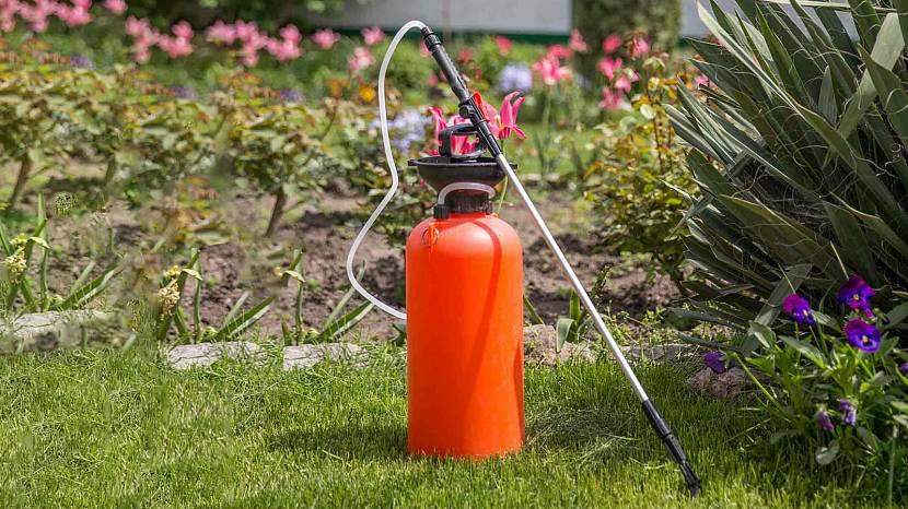 Подготовленные к работе гербициды