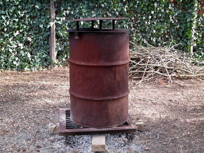 Бочка для сжигания мусора