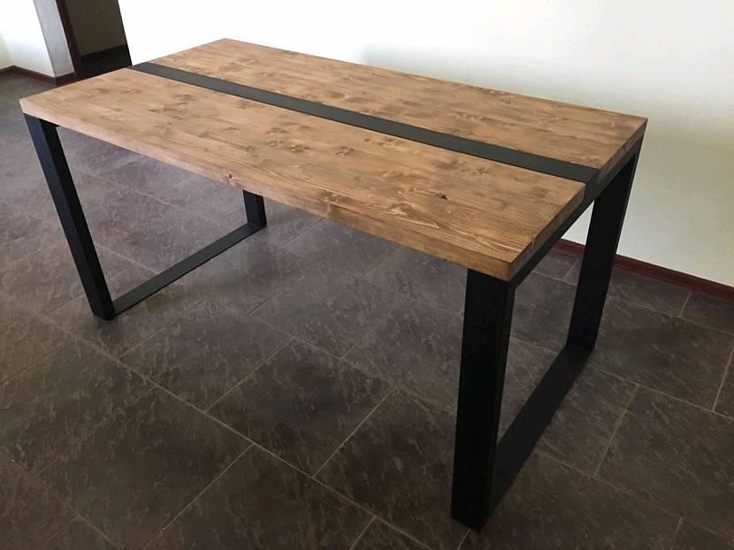 Самодельный стол в стиле лофт