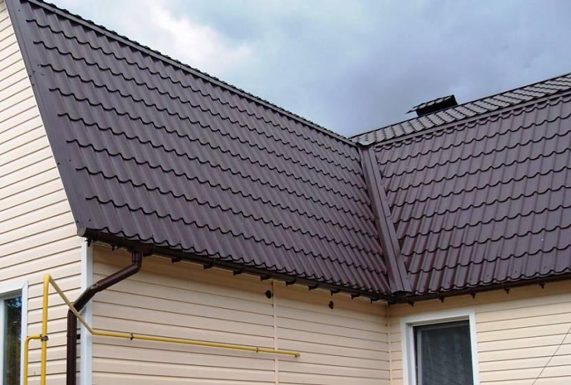 Надёжная и красивая крыша из металлочерепицы