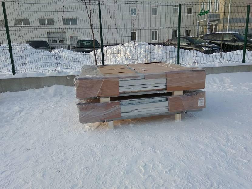 Блок контейнер при транспортировке