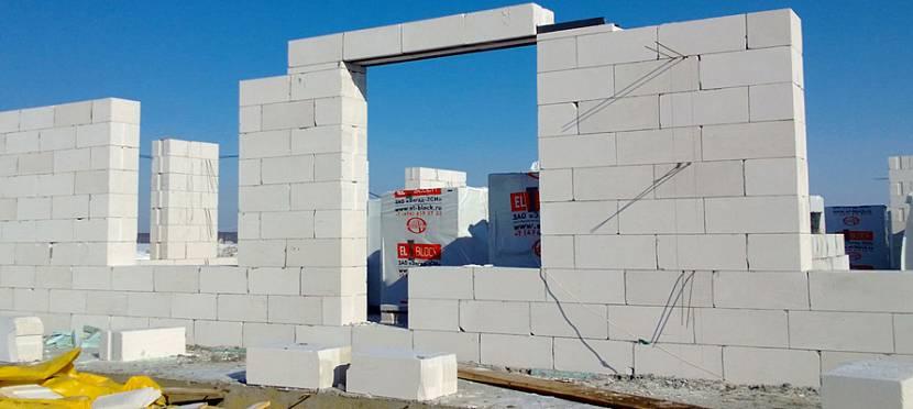 Постройка стены из газосиликата