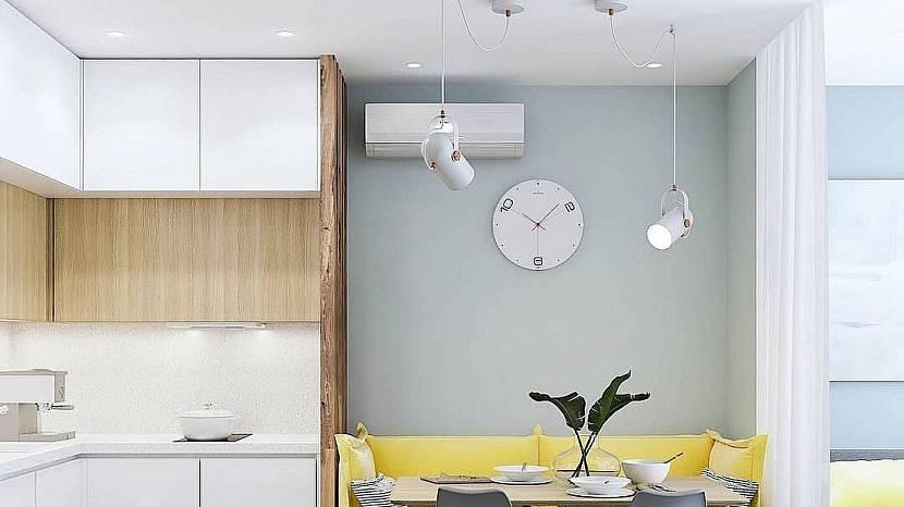 дизайн натяжных потолков с точечными светильниками в зале