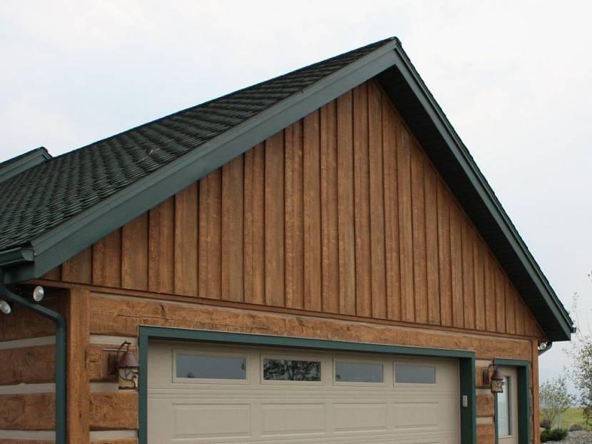 отделка фронтонов деревянного дома фото свободного кроя