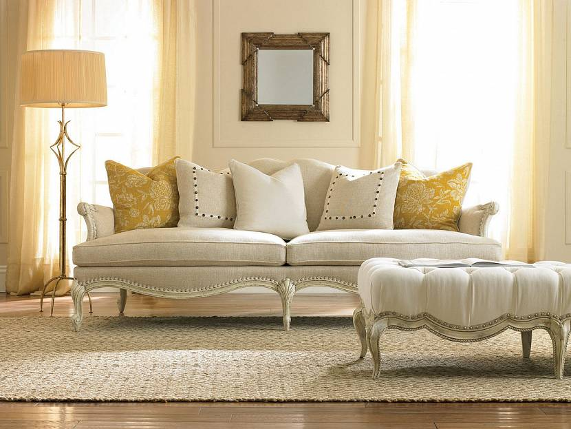 как подобрать диван в гостиную по цвету