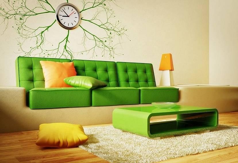 Зеленая мебель в желтой комнате