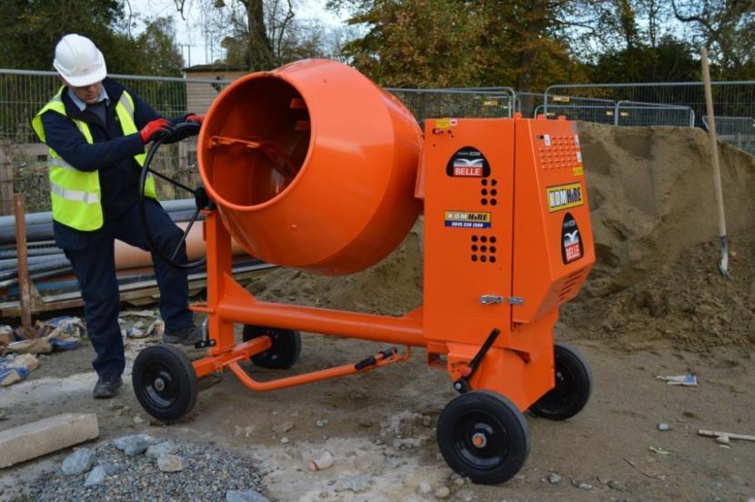 Бетономешалка для приготовления бетонов