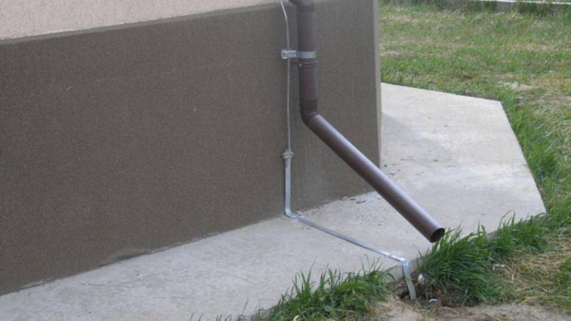 Пример соединения молниеотвода с заземлением