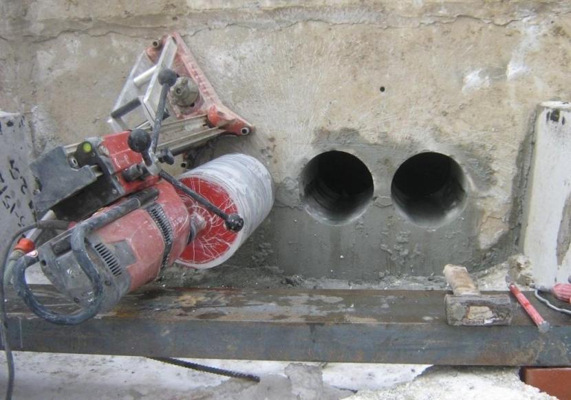 Алмазное сверление отверстий в фундаменте