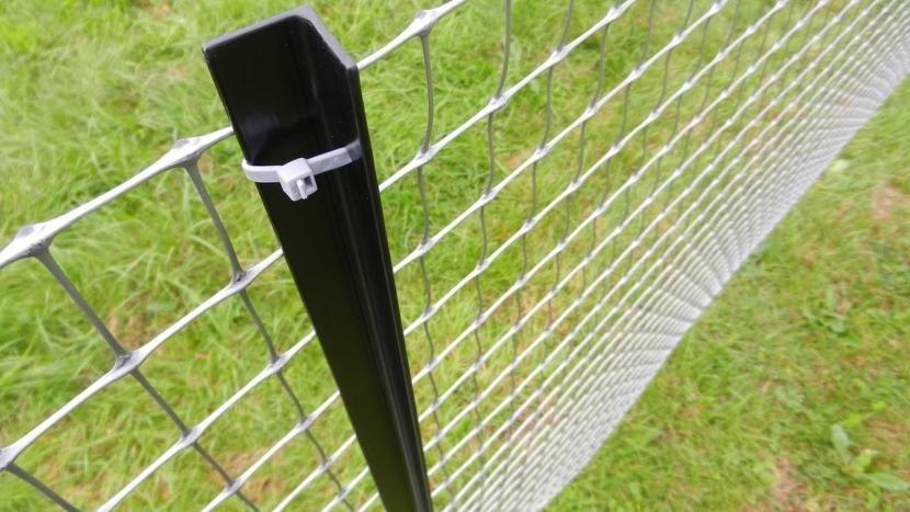 Как закрепить сетку рабицу на забор без сварки