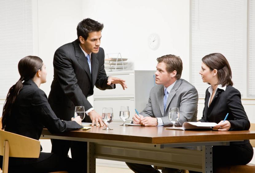 Обсуждение вопроса на совещании