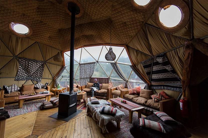 Гостиная в купольном доме