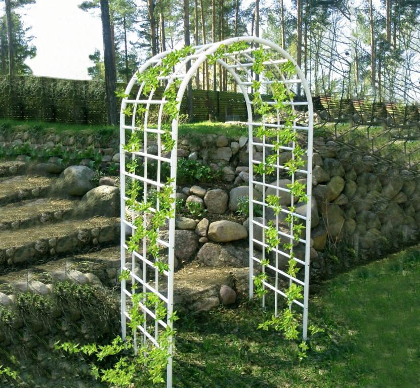 Пример садовой арки