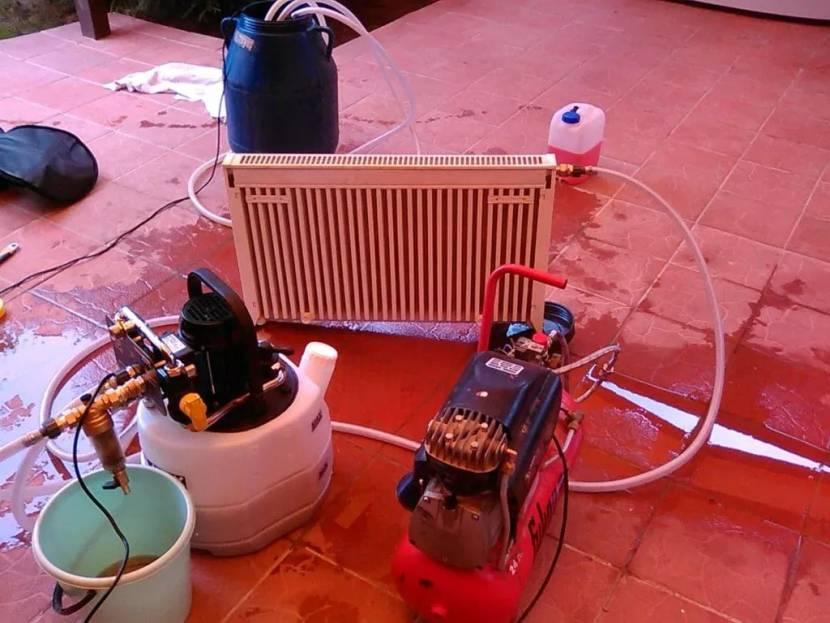 Очистка батарей требует специального оборудования