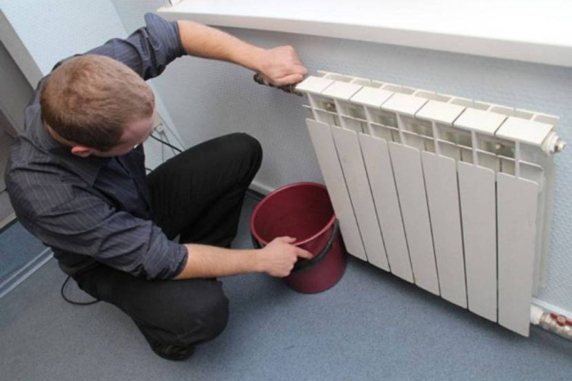 Подтекает радиатор отопления