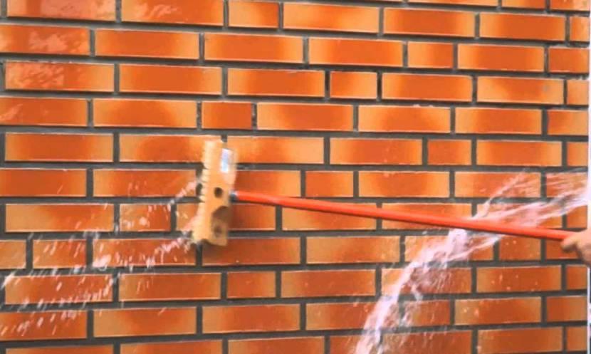 Отмывка кирпичных стен