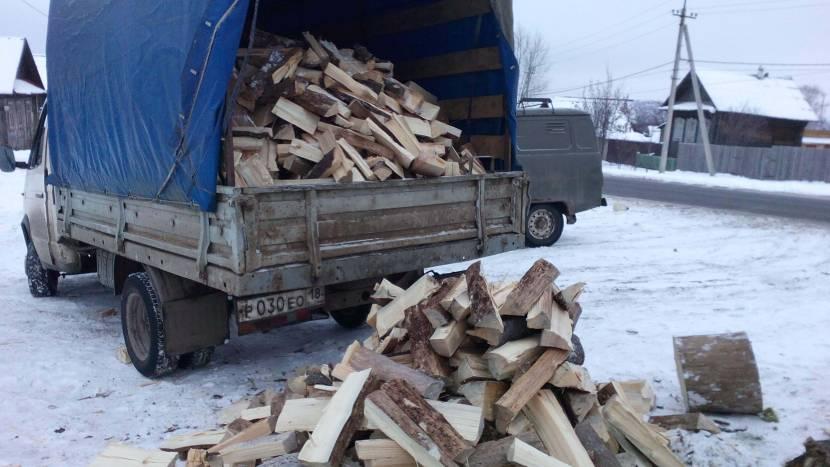 Объем наваленных дров установить невозможно