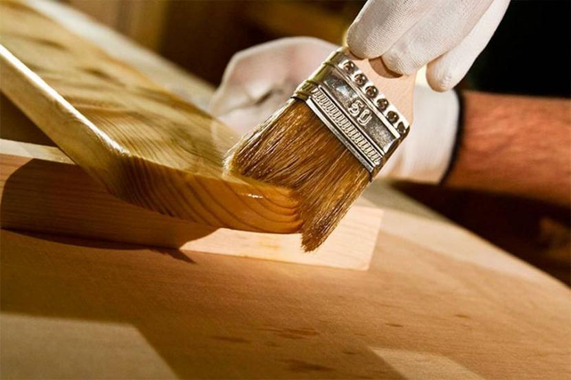 Масло придает древесине характерный глянец