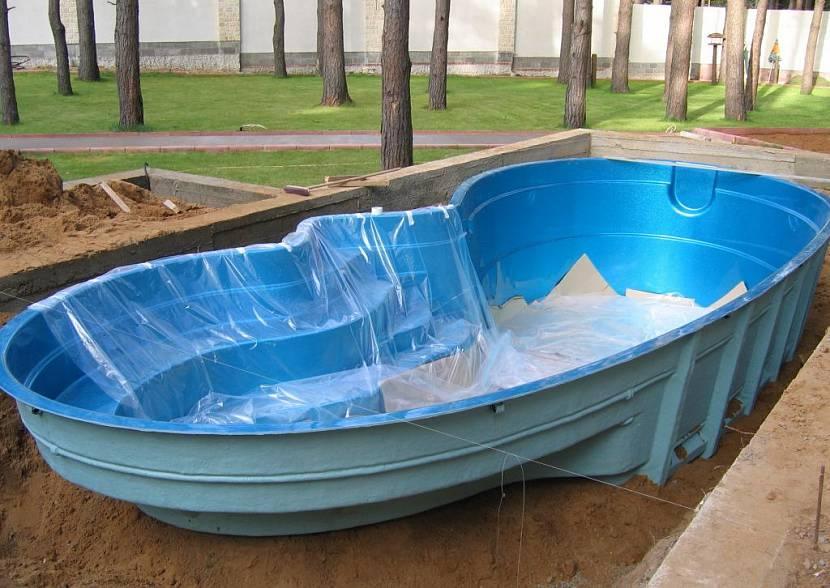 построить бассейн на даче