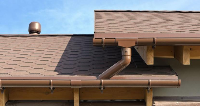 Водоотвод защищает строение от влажности