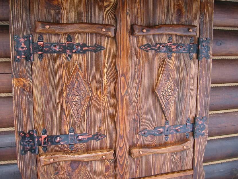 Двери после подконтрольного воздействия огня