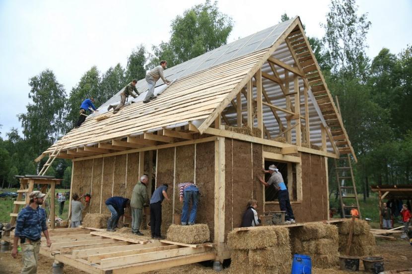 Строительство саманного дома