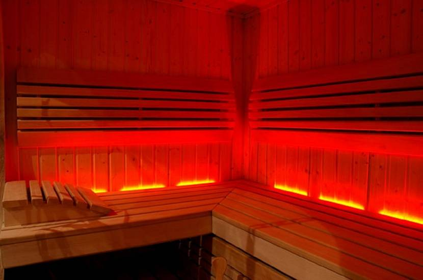 Инфракрасный обогреватель в бане