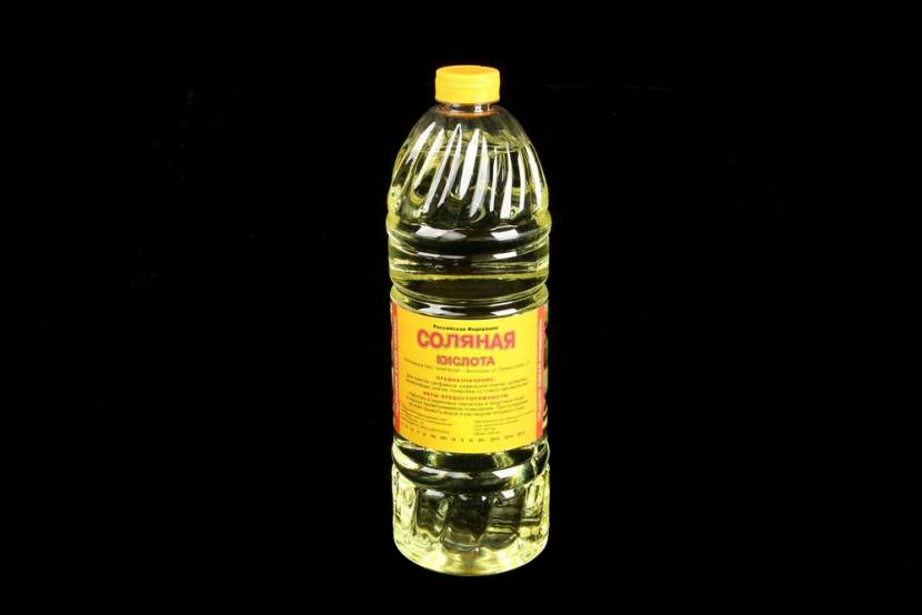 Один литр соляной кислоты