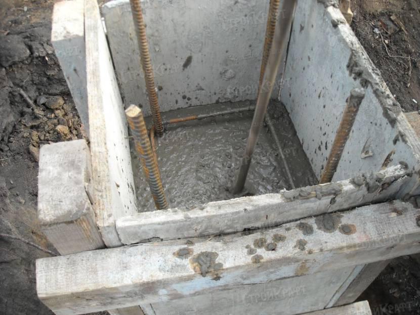 Армирование столбчатого бетонного фундамента