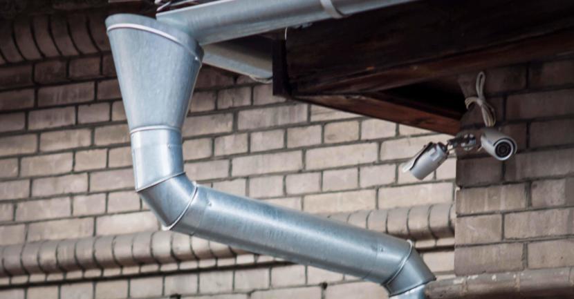 Конструкция водостоков из оцинкованной стали