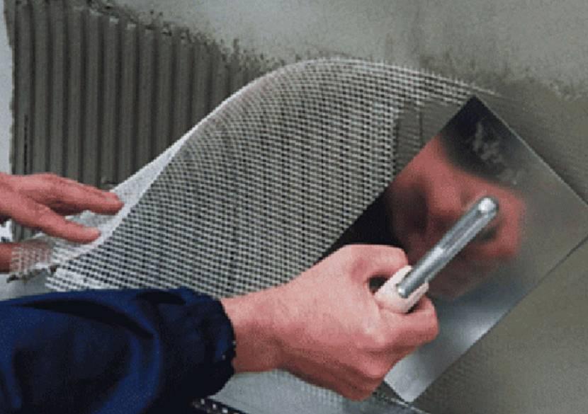Армирование фундамента штукатурной сеткой