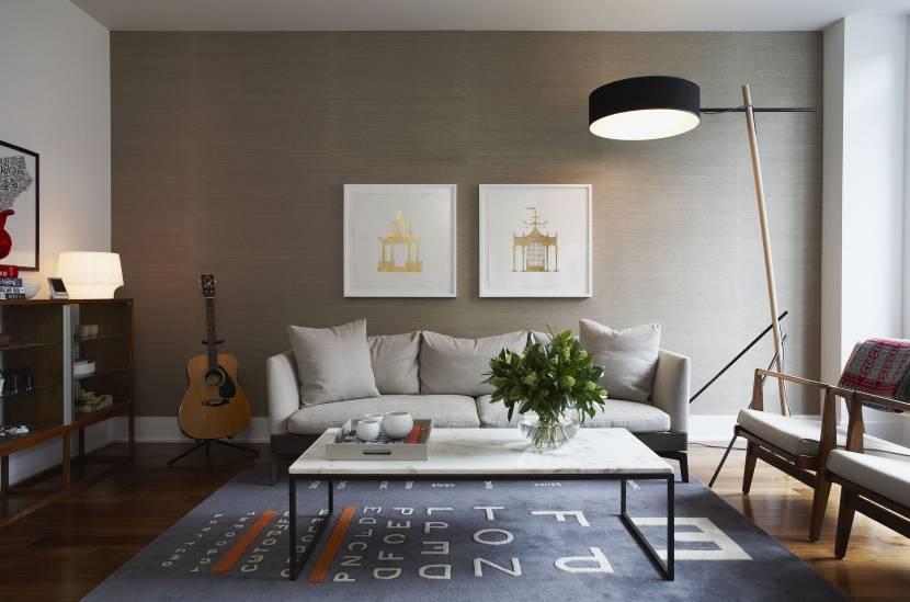 Акцентная стена в современной гостиной