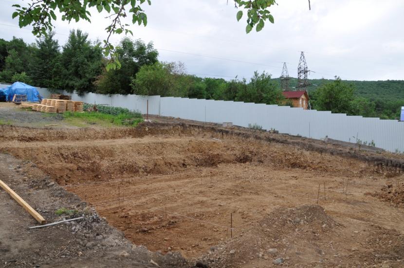 Выполненная планировка площадки под дом