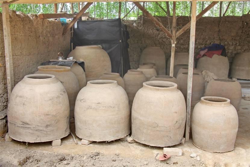 Готовые глиняные чаши для тандыра
