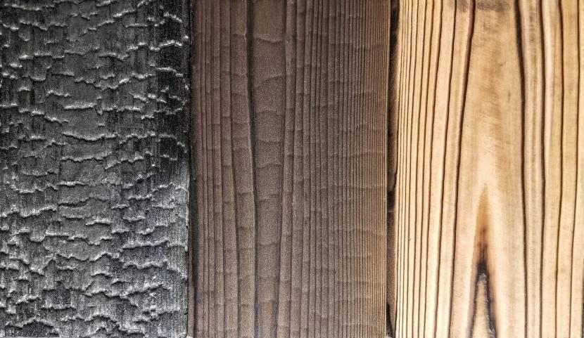 Варианты деревянных поверхностей после контакта с огнем