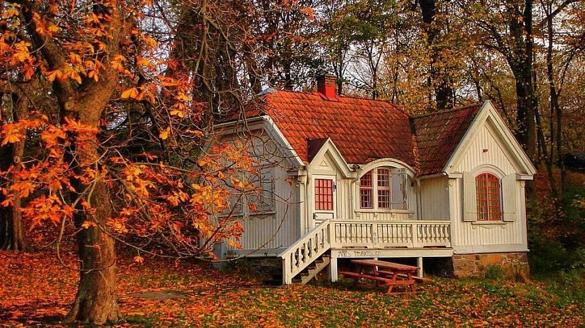 Покупка дома осенью