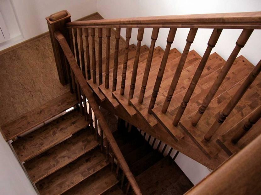 лестница на мансарду с веранды