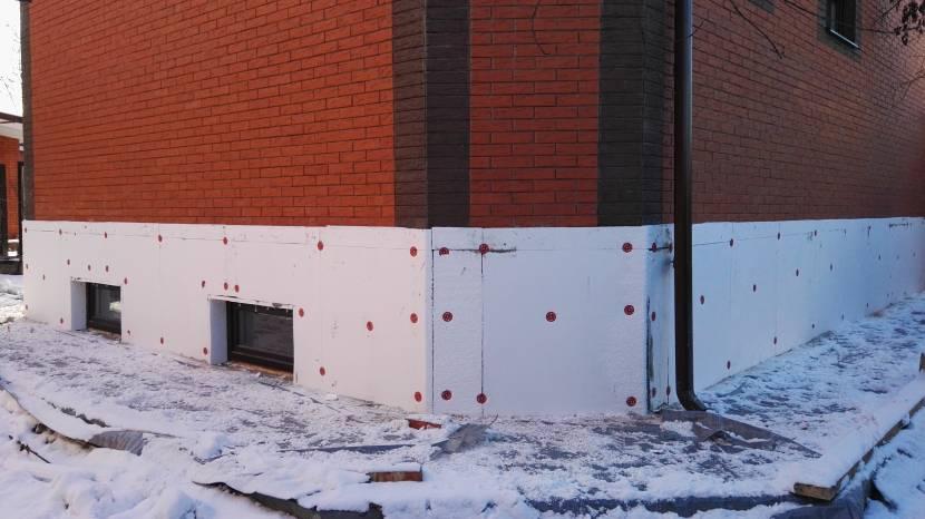 Утеплять здания пенополистиролом можно в любую погоду