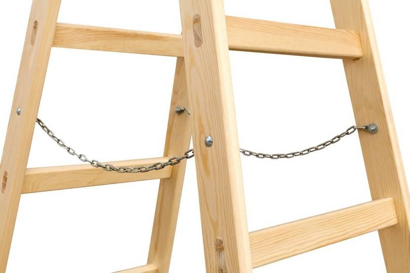 Двухсекционная лестница без острых углов