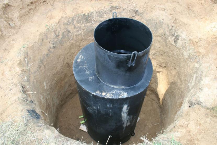 Часть кетона располагают ниже точки промерзания грунта