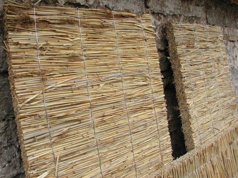 Утеплительные маты из стеблей камыша