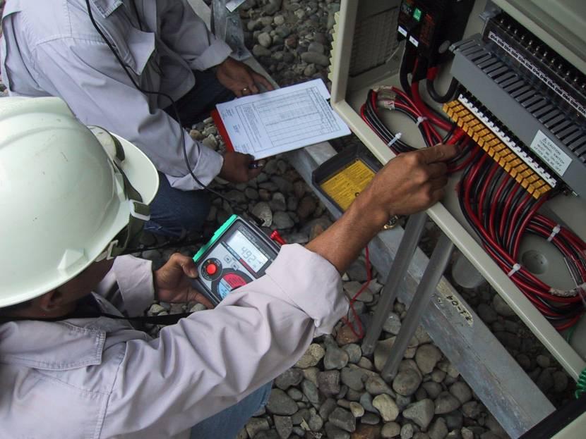 Проверка электропроводки мегаомметром