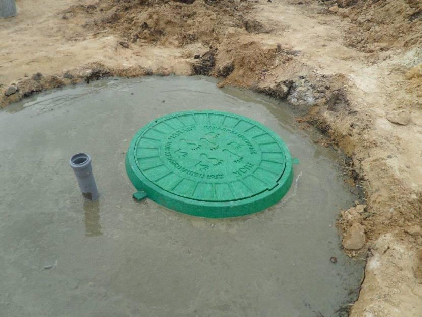 Заливка бетоном пластикового кессона является обязательной