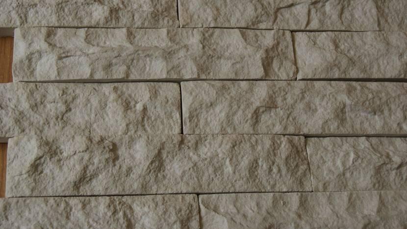 Декоративный камень, созданный без использования формы